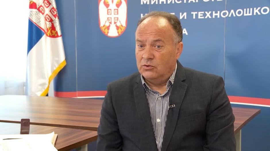 MInistar Šarčević: Đaci će malo ići u školu, pa malo neće