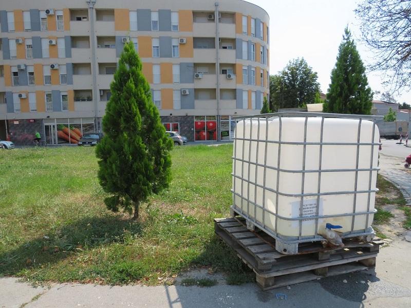 Redovna dezinfekcija stambenih objekata i ulica u Kragujevcu