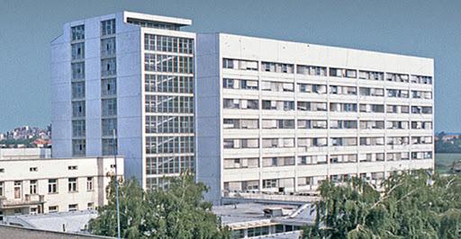 Na respiratoru 12 pacijenata u KC Kragujevac