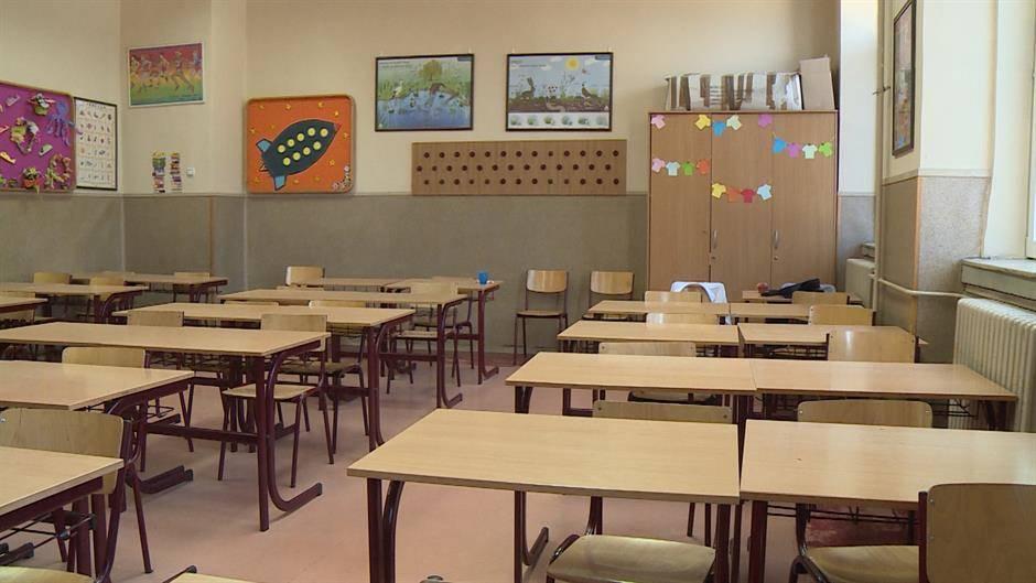 Od septembra skraćeni časovi u školama u Srbiji