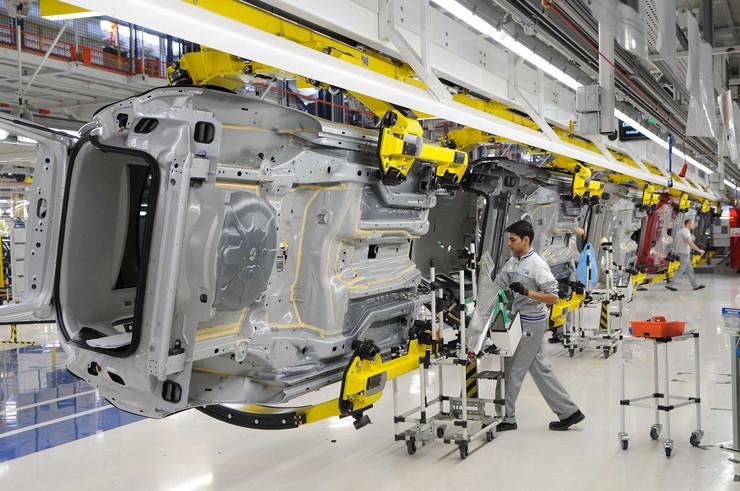 Radnici Fijata na odmoru, čeka se spajanje FSA i PSA i novi model automobila