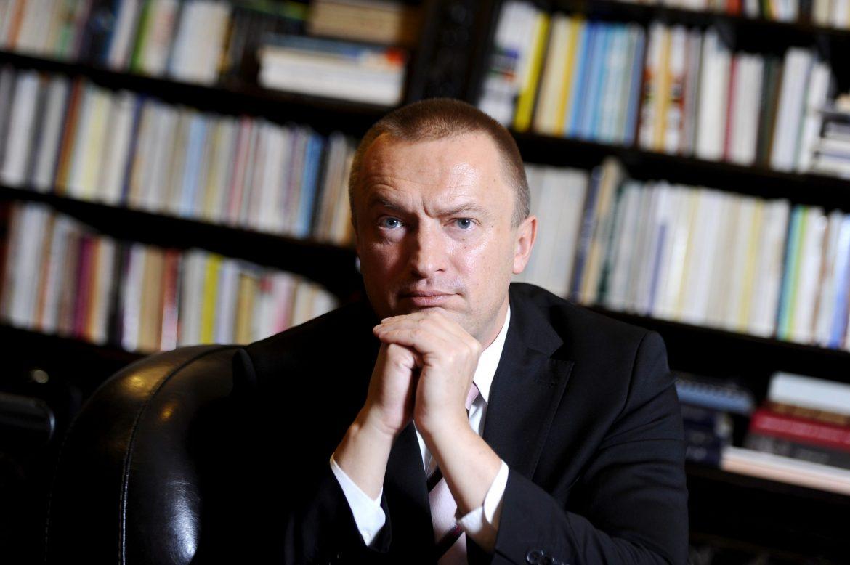 [BETA] Pajtić: Bojkot je skinuo smokvin list sa parlamenta