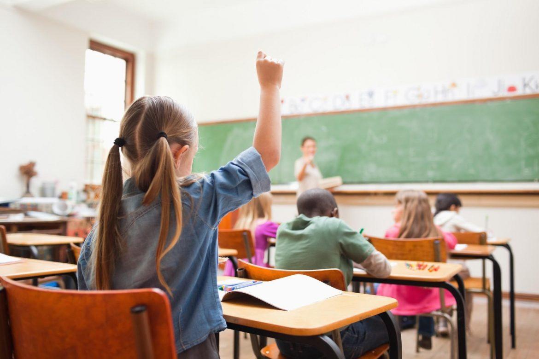Predlog direktora škola: Deca svake druge nedelje u školi