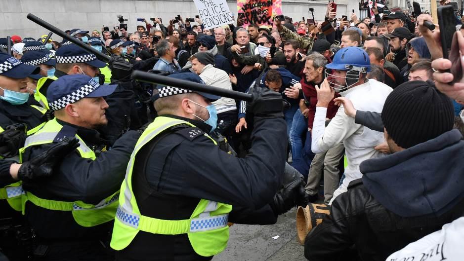 Londonska policija rastura demonstracije protiv vanrednih mera zbog korona virusa