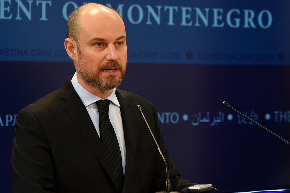 Bilčik: Srbija u 2020. nije otvorila ni jedno poglavlje, što pre formirati Vladu