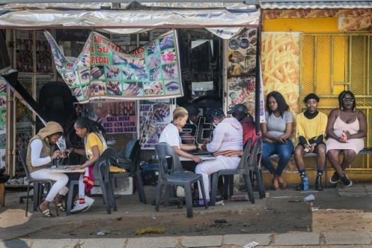 U Južnoj Africi korona virusom verovatno bilo zaraženo 12 miliona ljudi