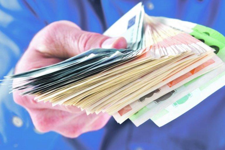 Prosečna plata u Srbiji premašila 510 evra