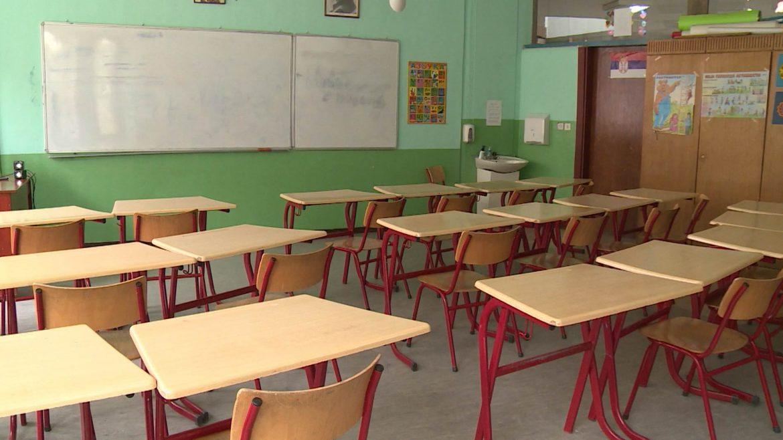 Korona virus već prvog dana u školama u Beogradu i Kragujevcu