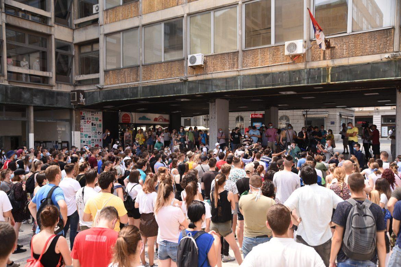Studenti ne odustaju od protesta
