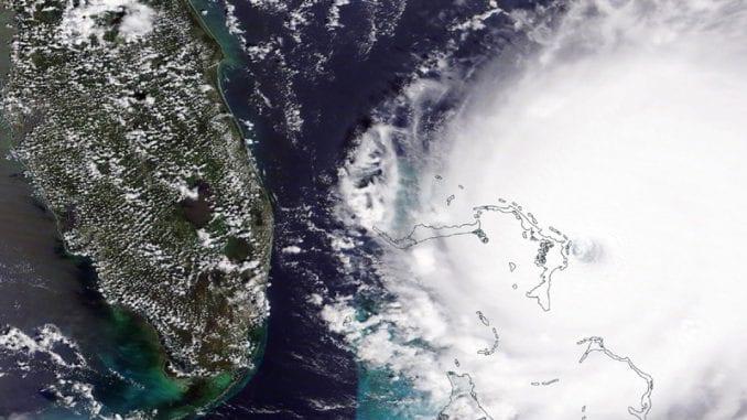 Uragan Sali se kreće ka Floridi