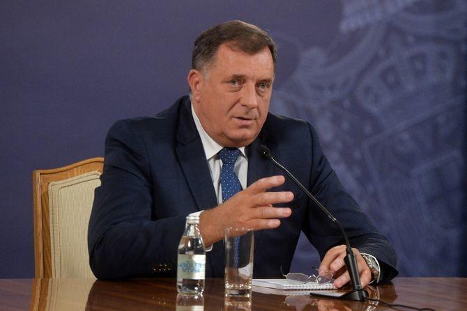 Dodik: Svim građanima Republike Srpske državljanstvo Srbije