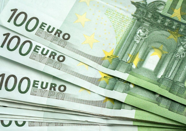Fiskalni savet:Isplata po 100 evra gradjanima nije doprinela smanjenju nejednakosti i siromaštva