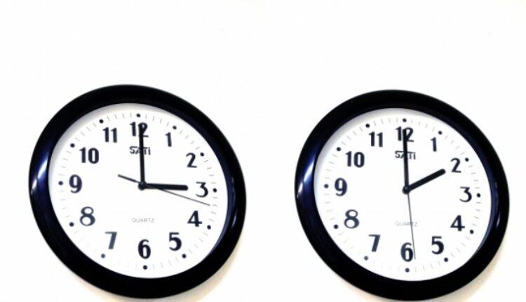 Letnje računanje vremena u Srbiji prestaje u nedelju