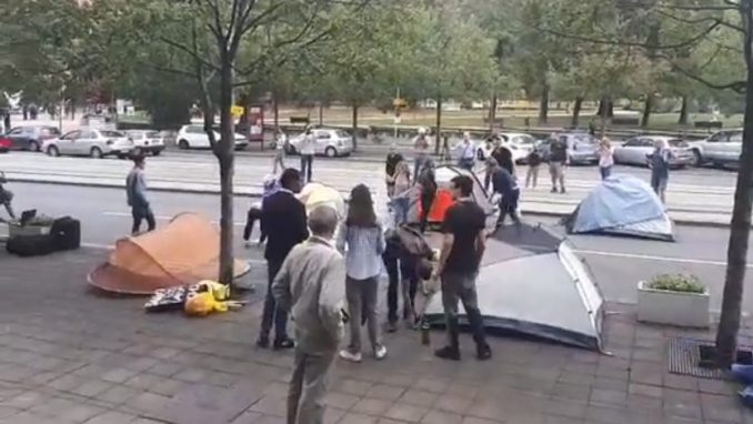 Studenti blokirali Nemanjinu ulicu i zgradu Ministarstva prosvete