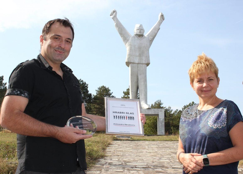 """Uzbunjivaču Obradoviću nagrada """"Hrabri glas"""""""