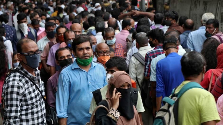 U Indiji u jednom danu 55.342 zaraženih korona virusom, stopa zaraze opada
