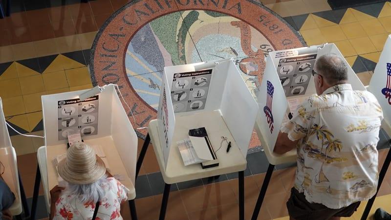 U Americi glasalo već četiri miliona ljudi