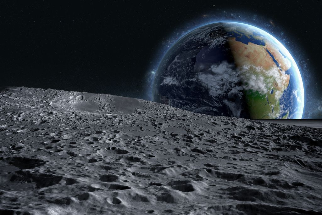 Prva Amerikanka na Mesecu do 2024.
