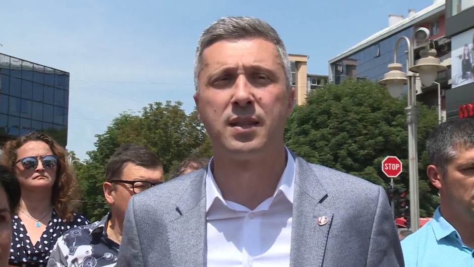 "Obardović "" Dveri"" : Postoje samo dve kolone"