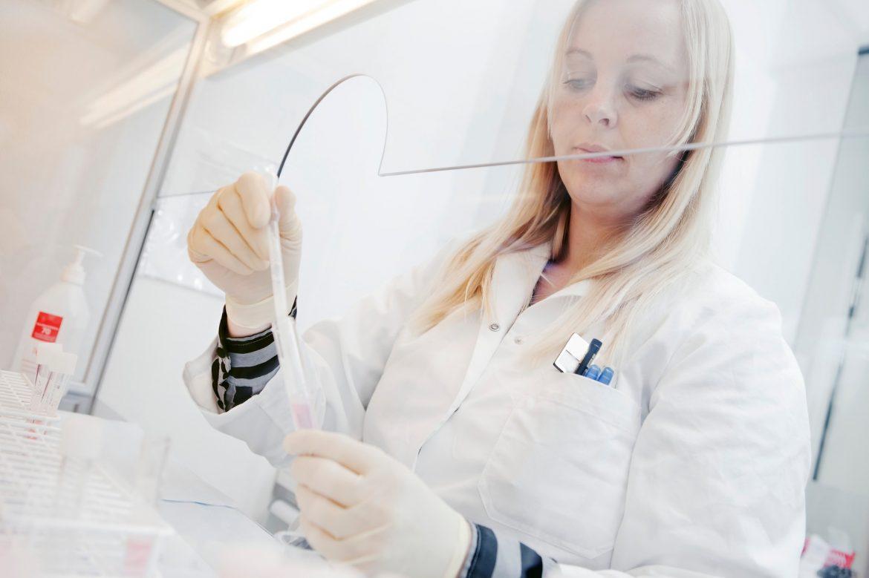 SAD odobrile lek Regeneron za hitnu upotrebu u lečenju kovida 19