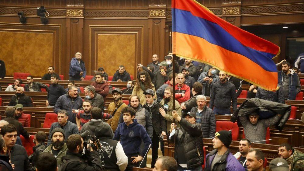 Potpisan sporazum o prekidu neprijateljstava u Nagorno-Karabahu pod okriljem Rusije