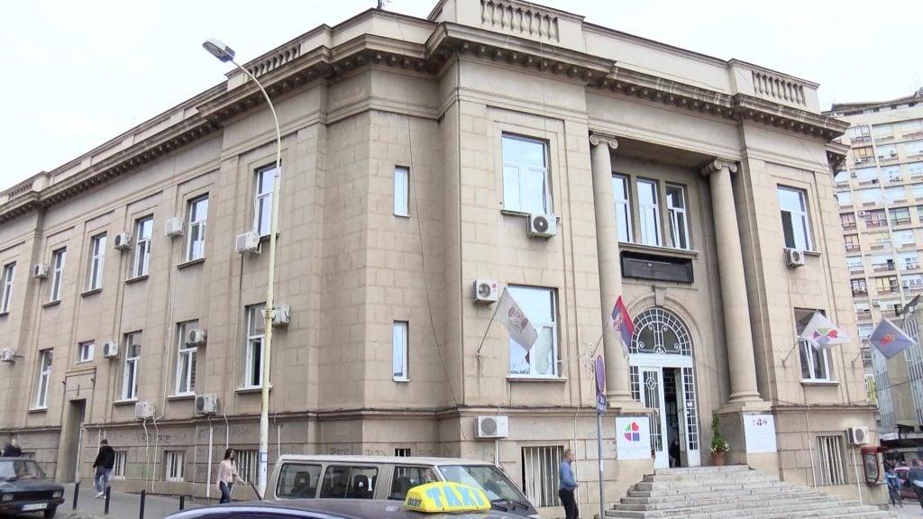 Još 102 novozaražena u Kragujevcu, devetoro na respiratorima