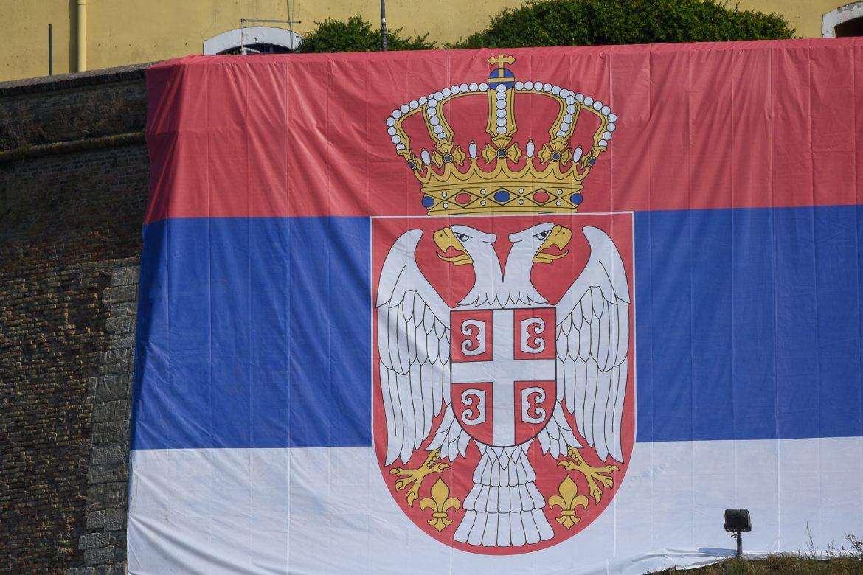 Pokušaj paljenja srpske zastave u centru Gračanice