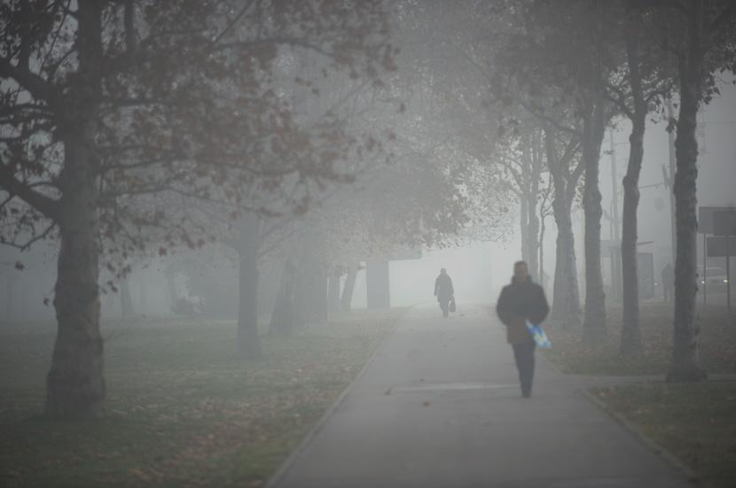 Vreme: Tmurno, uz maglu