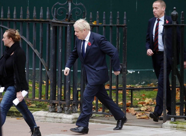 Britanski premijer u izolaciji posle kontakta sa osobom zaraženom korona virusom