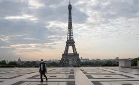 U Francuskoj rekordnih 60.000 novozaraženih, 828 ljudi umrlo u jednom danu