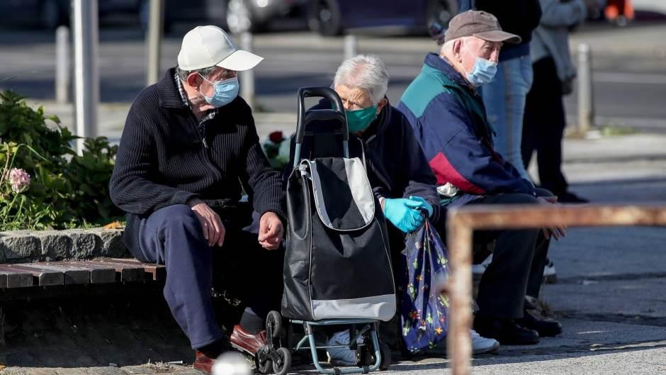 U Srbiji 2. 112 novozaraženih osoba, 10 preminulo