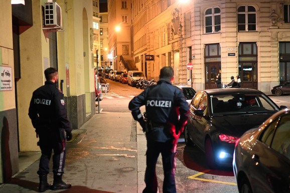 Nekoliko osoba ranjeno kod sinagoge u Beču