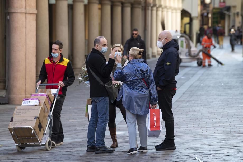 Italija uvodi policijski čas do 3. decembra