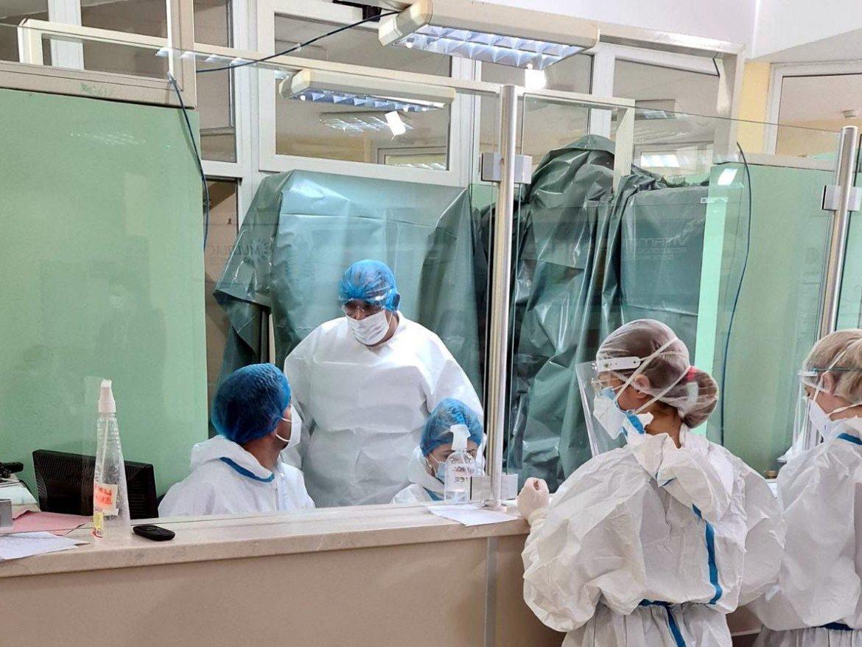 U Srbiji preminule 52 osobe, 7.919 novozaraženih