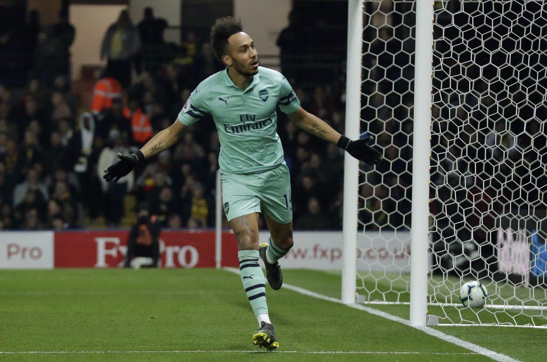 Arsenalu tri boda