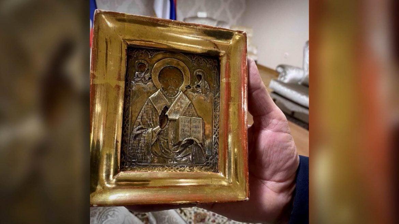 Ikona koju je Dodik poklonio nije ukradena