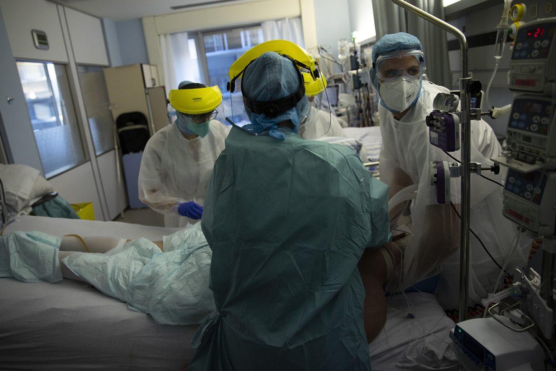SAD registrovale 16 miliona zaraženih korona virusom