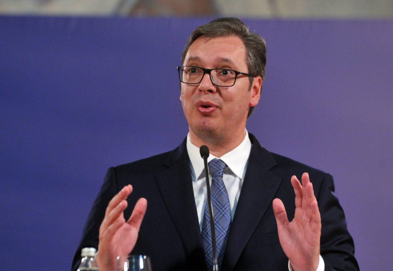 Vučić ponudio izvinjenje zbog retorike poslanika SNS