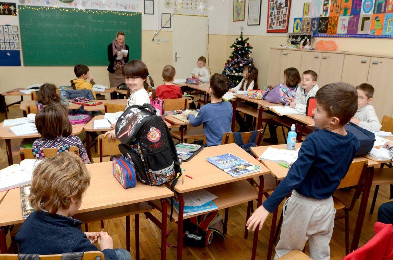 Školska godina će biti produžena nekoliko dana