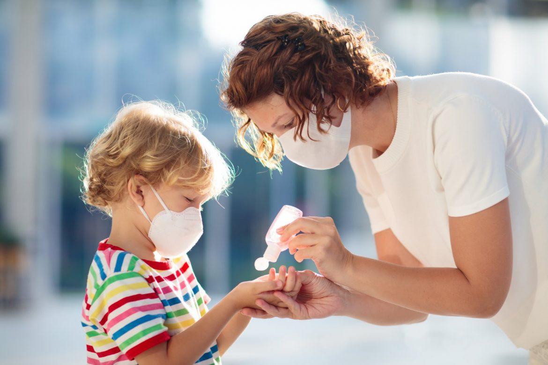 Britanski naučnici: Deca podložnija zarazi novim sojem koronavirusa