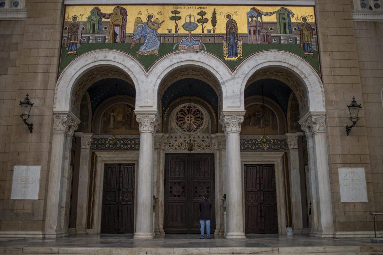 Grčka pravoslavna crkva naložila sveštenicima da ne poštuju mere Vlade protiv virusa