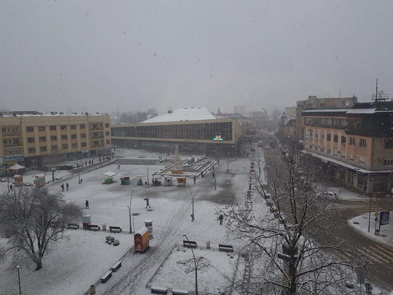 U Srbiji danas oblačno, uveče sneg
