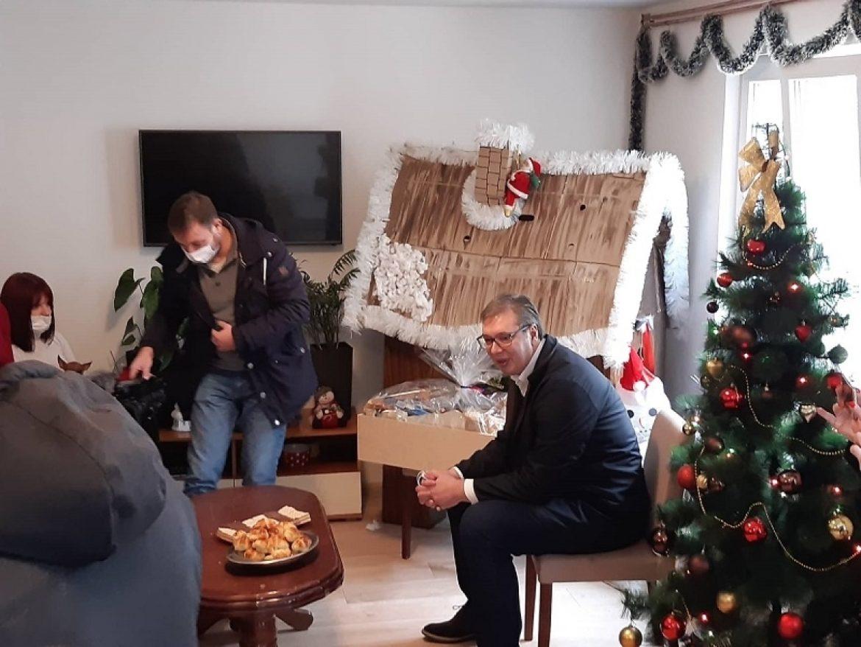 Vučić: Neću da rušim državu