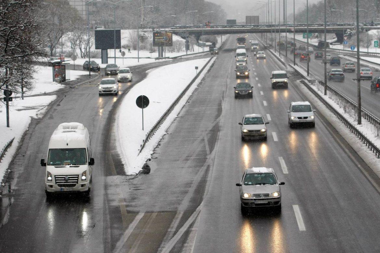 AMSS: Vozače očekuju otežani uslovi vožnje