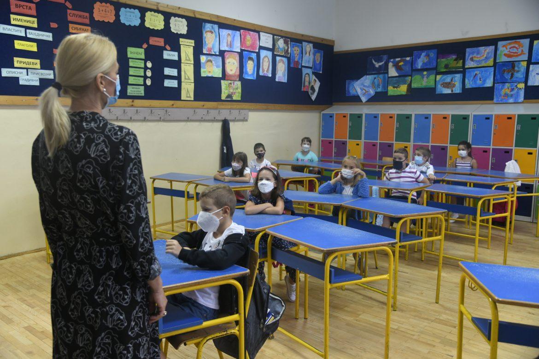 Ružić: Od 18. januara najverovatnije povratak u školske klupe