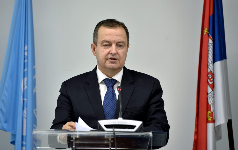 """Dačić: Grigorije """"iza mantije"""" krije Đilasa"""