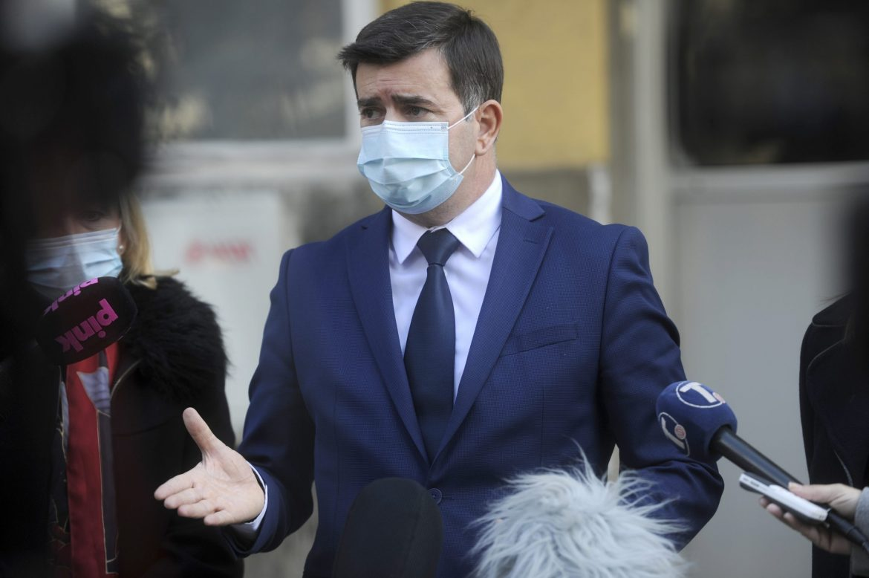 Đerlek: Na građanima je da izaberu vakcinu