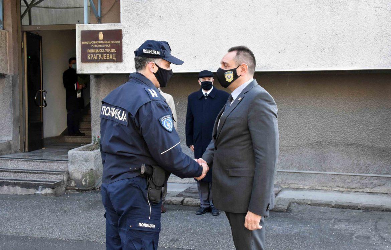 Kragujevac: Vulin obišao Policijsku upravu