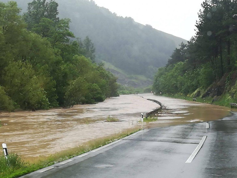 Poplave na jugu Srbije, vanredno u više opština i gradova