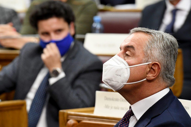 Abazović: Đukanović duguje 12,4 miliona poreza državi